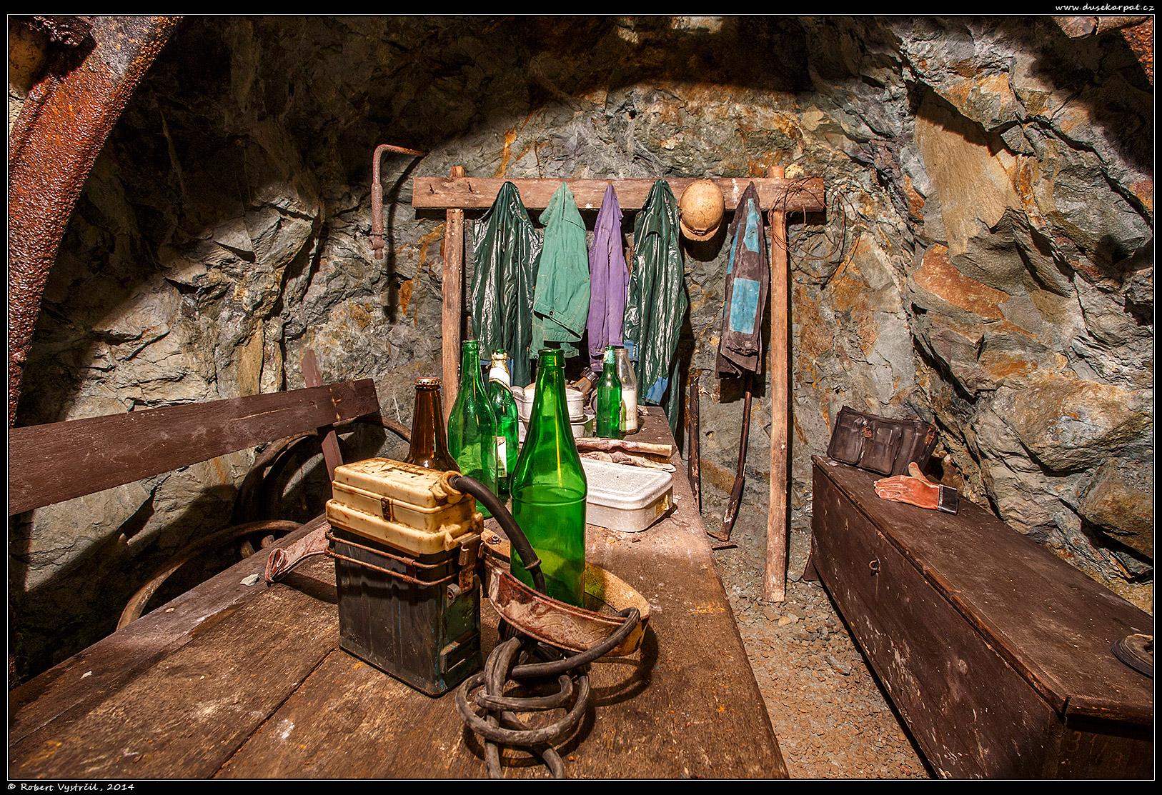 bansky-skanzen-stolna-8-v
